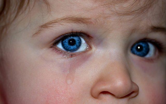 Criança a chorar
