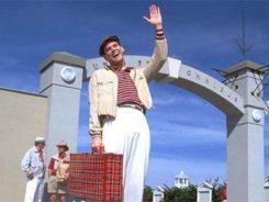 Jim Carrey dizendo Bom Dia no filme The Truman Show